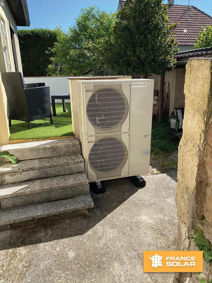 Installation Pompe à chaleur Air/Eau Alezio AWHP 11 MR V 200 (De Dietrich) photo N°1