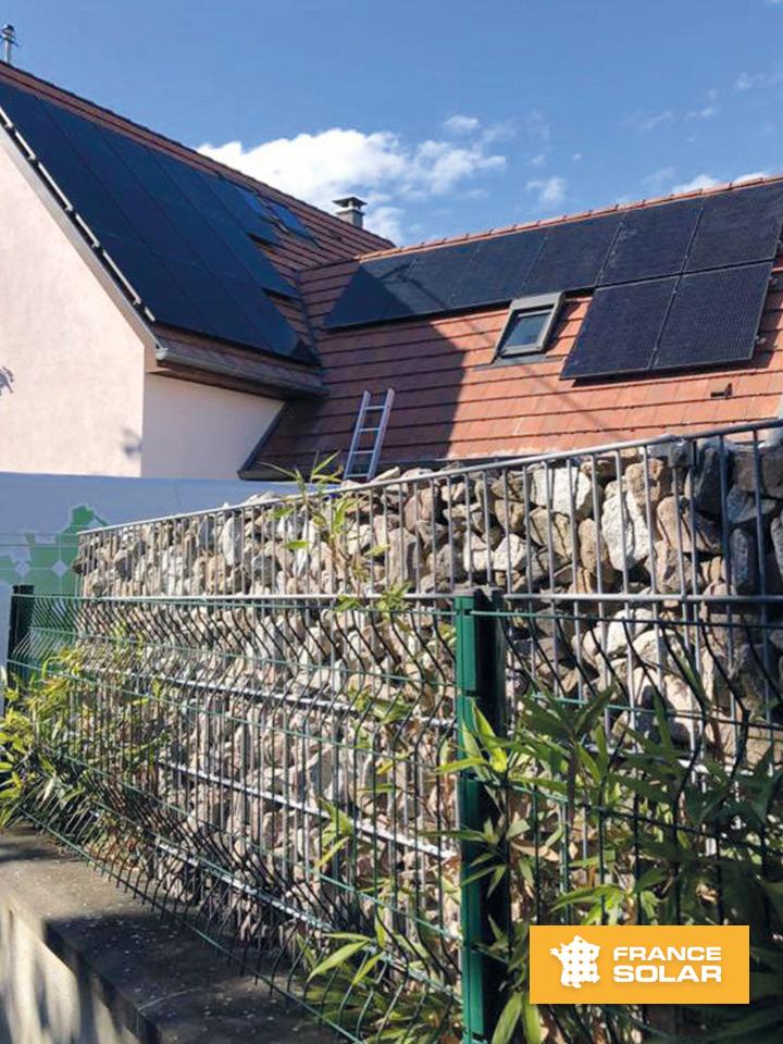 Installation de 20 panneaux solaires photovoltaïques chez notre client Sébastien à Plobsheim (67715) par notre équipe France Solar Hoerdt