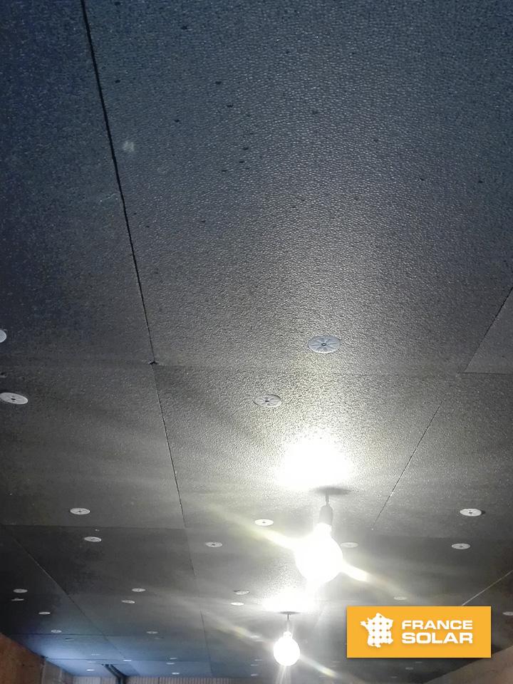 Pose des plaques de polystyrènes noir Stisolmur Ultra de la marque Hirsch Gruppe à sur une surface de 25 m²