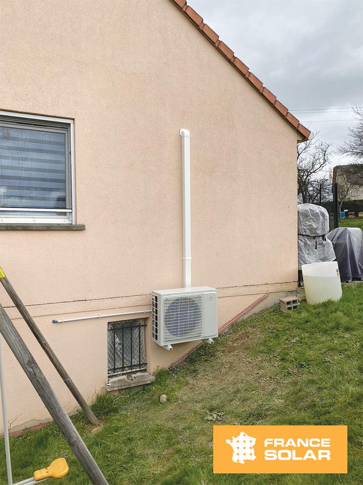 Installation d'une pompe à chaleur pour notre cliente Sabine à Urimenil dans le 68, pose propre le 12 Mars 2020